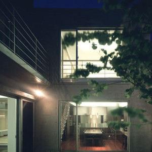 桜ヶ丘のコートハウス