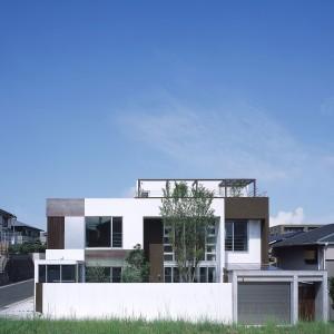 伊敷台の家