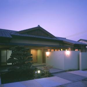 矢切格子の家