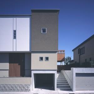 武岡高台の家