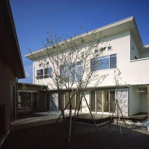 紫原のコートハウス